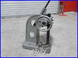 Ratchet Lever Arbor Press 3 Ton Max. Pressure 2-1/2 Ram 6 Throat 18 Stroke